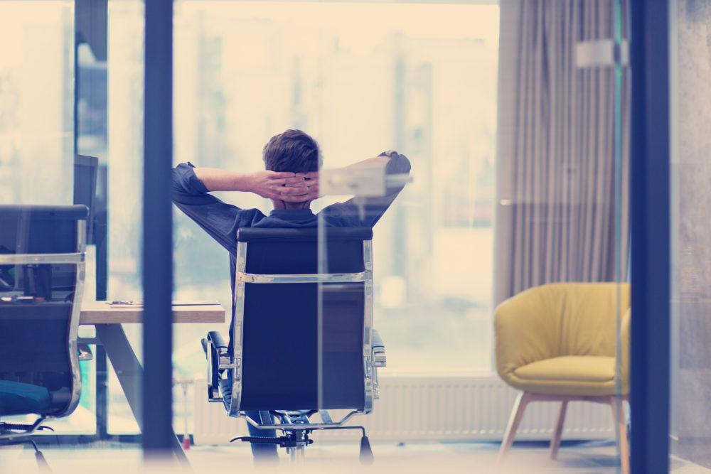 10 exercices pour se détendre au bureau - L'Evènementiel ...
